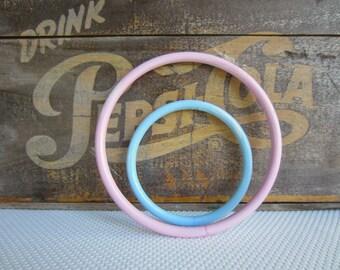 Vintage Plastic Craft Rings Hoops Macrame Pink Blue Pastel Marbled