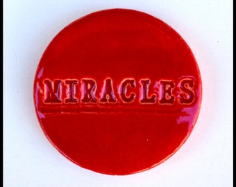 RED MIRACLES Tile