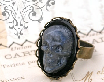 Skull Ring, Pearl Grey Skull Cameo RIng, Gothic, Goth, Novelty Adjustable Ring