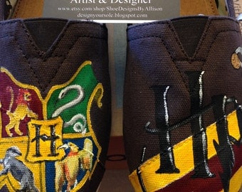 HP House Themed TOMS