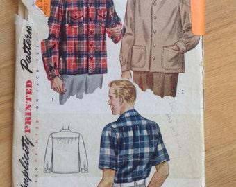 1940s Men's Simplicity 1961 Long Sleeve and Short Sleeve Button down Shirt
