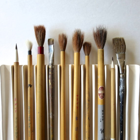 10 vintage artist paint brushes, artist brushes, paint brushes, instant collection, old art supplies, japanese, artist supplies brush no..7