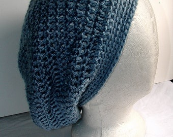 crochet slouch hat - light blue