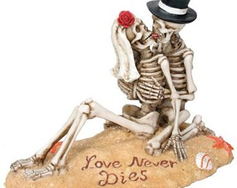 Halloween Bride and Groom Love Never Dies Gothic Island Wedding Cake Toppers-Painted Couple Romantic Beach Lovers Skeleton Figurines-LND6