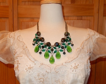 Christmas Jewelery Holiday Party- Handmade Lux Green Beaded Womens Necklace