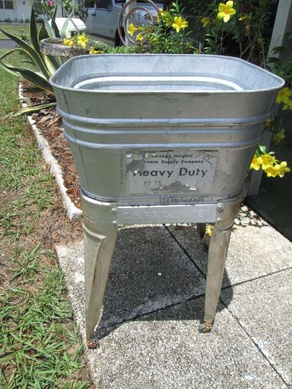 Galvanized Metal Wash Tub with Stand, Laundry Bucket, Metal Cooler, Country  Wedding Party