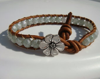 Light Green Beaded Leather Bracelet with Flower Button