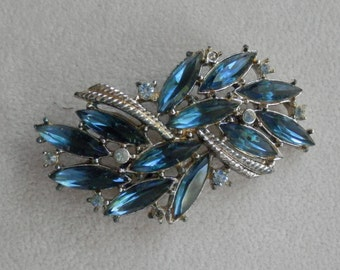 ON SALE NOW! Vintage Blue Rhinestone Brooch