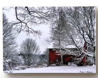 Red Barn in Snow, Nature Photography, Christmas Decor, Holiday Decorating, 5X7 Wood Panel, Wall Art, Landscape, Custom Made, Winter Decor