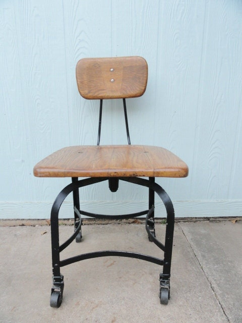 Vintage Oak Desk Chair Swivel Rolling Antique Office Chair