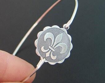 Fleur de Lis Coin Bracelet, Silver Fleur de Lis Coin Jewelry, Paris Chic, Parisian Jewelry, Fleur Bracelet, Fleur Jewelry, Coin Jewlery