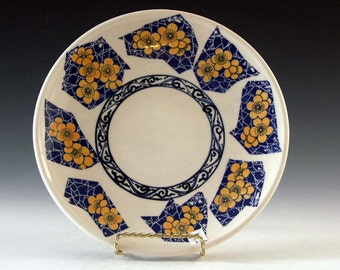 Ceramic and pottery porcelain serving dish for the home dining pleasure