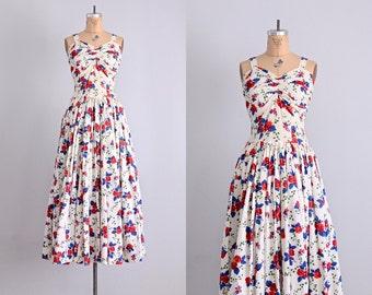 vintage 1940s dress • 1940s maxi dress • floral print • Rosa dress • 1940s cotton dress