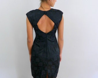 1980s Dress ... Vintage 80s LBD ... Keyhole Back Dress  ... Size Small