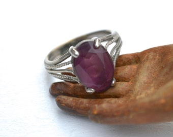 Vintage Chunky Silver Purple Glass Ring