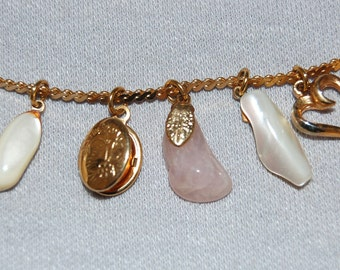 Vintage / Charm / Locket / Mother of Pearl / Necklace  / MOP / Old jewellery jewelry