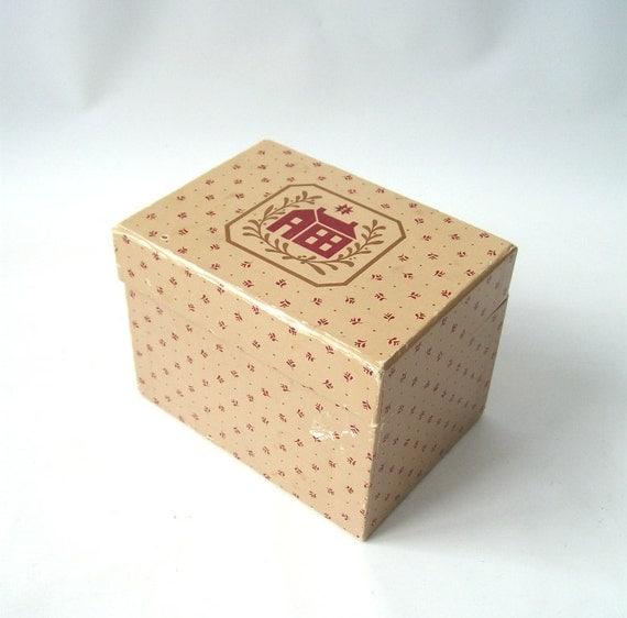 Decorative Recipe Box 2: Items Similar To Vintage Recipe Box With Recipes Kitchen