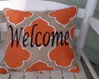 Burlap Welcome Pillow with Orange Quatrfoil Design Porch Bench Decor