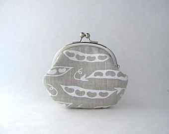 Coin purse sweet pea on organic natural linen