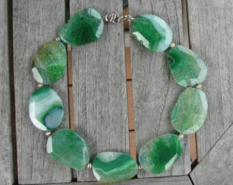 Free Form Green Agate Necklace