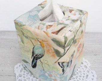 Sparrow reversible tissue box cover