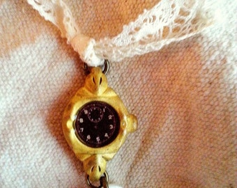 Art i Cake Antique Brass Watch with Button Charm Pendant