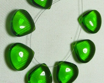 Brand New - 4 Matched Pairs - Peridot Green Quartz -Smooth Heart Shape Briolettes amazing Gorgeous colour Huge Size 18x18 mm