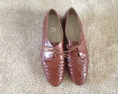 Size 8.5 Brown Woven Oxford Shoes