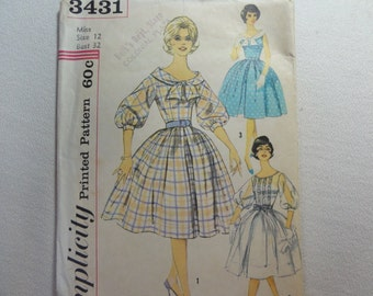 60's Rockabilly Dress Party Dress, Full Circle Skirt & Sleeve Variations- Vintage Simplicity Sewing Pattern 3431 Miss Size 12 Bust 32 CUT