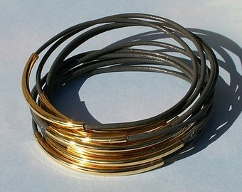 10pcs Leather Bangles Bracelets Grey Leather and Gold Or Silver Metal Tubes