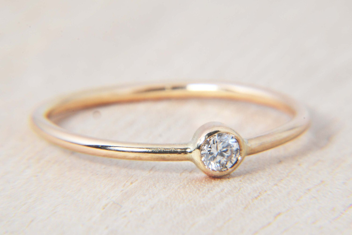 Simple 11ct Diamond Ring in 14K Gold