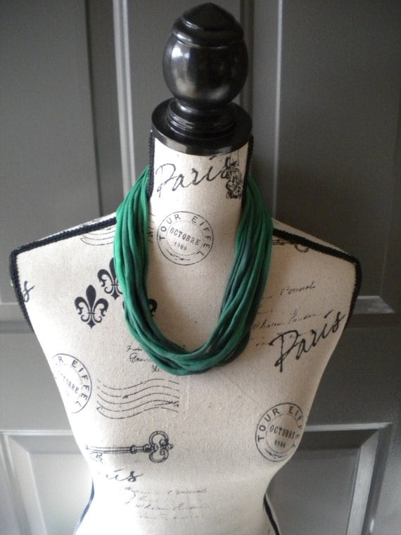 Jersey Scarf Necklace in Green
