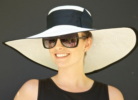 Wide Brim Hat, Black & white hat. Wedding Hat, Kentucky Derby Hat, Ascot Hat, Formal Hat, Church Hat, Special Occasion Event hat, big hat
