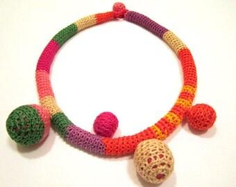 Crocheted Necklace - Soap Bubble