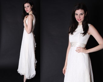 White Lace Wedding Dress - 1960s Wedding Dress - Lace Wedding Dress - 2911