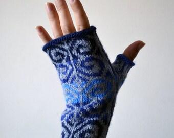 Hand-Knit Gray and Blue Fingerless Gloves - Fashion Gloves - Bohemian Gloves - Fingerless Gloves - Wool Fingerless Gloves nO 110.