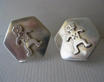 Hexagonal Silver earring with tribal arrow alien figure - Screw Back Earrings