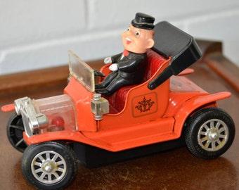 Trade Mark Toys TN Japan Shaky Classic Car Battery operated W/ Box Works!