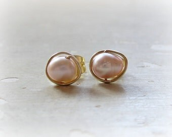 Mauve Post Earrings, Gold Wire Wrap Studs, Mauve Pearl Posts, Freshwater Pearl Stud Earrings, Gold Post Earrings, Pink Pearl Earrings