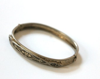 Vintage 1940s Silver Bangle Bracelet Engraved Keepsake Jewelry