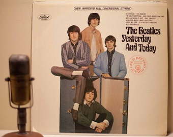 """ON SALE The Beatles Vintage Vinyl Record Album 1960s Pop Art and Roll LP,""""Yesterday and Today""""(Second State 1969 Stereo Green Label Capitol"""