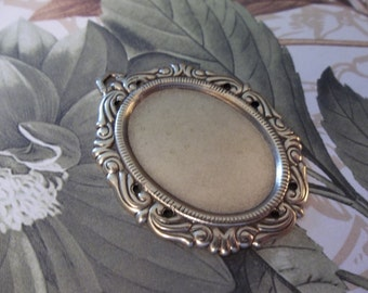Vintage Inspired 25 X 18mm Antiqued Brass Swag Design Setting - Qty 2