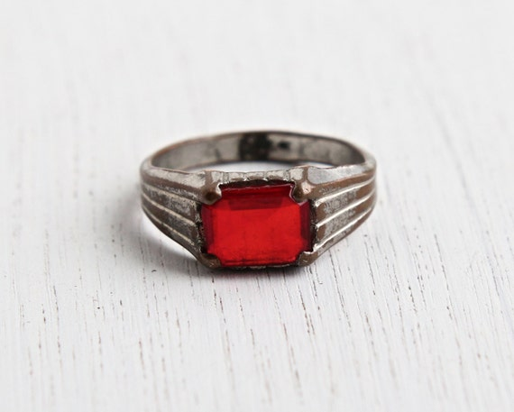Vintage Art Deco Red Stone Brass Ring Antique 1940s Size 11