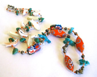 Vintage 70s Beaded Turquoise Frog Fish & Bird Long Single Strand Necklace