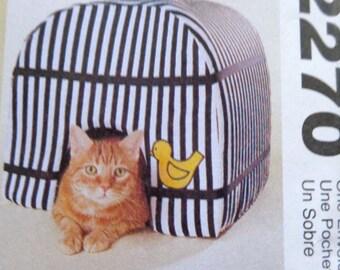 Cat Dog House Pattern Pet Sofa Carrier Pillow Bed Pattern McCalls 2270 Pet Accessories UNCUT