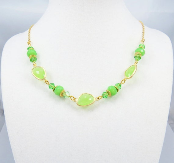 lime green glass fashion necklace beaded necklace green