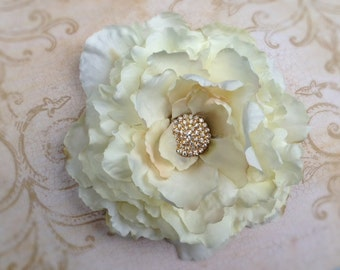 Vintage inspired ivory flower clip,ivory peony clip, large flower clip, ready to ship,flower girl clip, floweer clip, bridal clip
