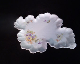 Antique Vanity Leaf Perfume Bottle Tray/Plate