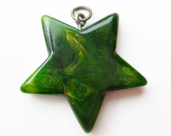 Vintage 40s Green Marbled Swirl Bakelite Star Shaped Necklace Pendant
