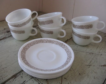 pyrex woodlands coffee cups saucers corelle 7 cups 7 saucers made in USA